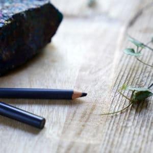 eye pencil navy blue